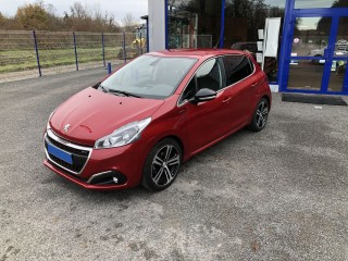 PEUGEOT 208 GT LINE BLUE HDI 100