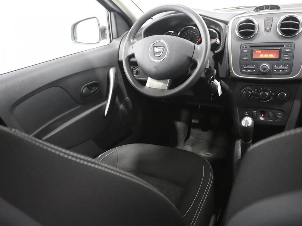 Dacia-Logan-444462-9