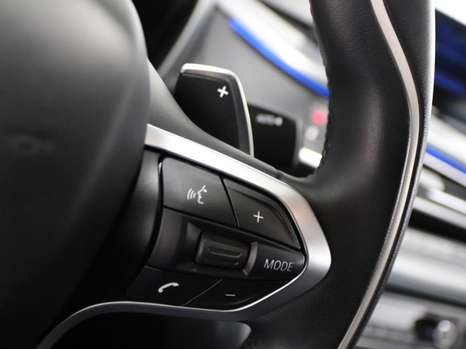 BMW-i8-350049-19