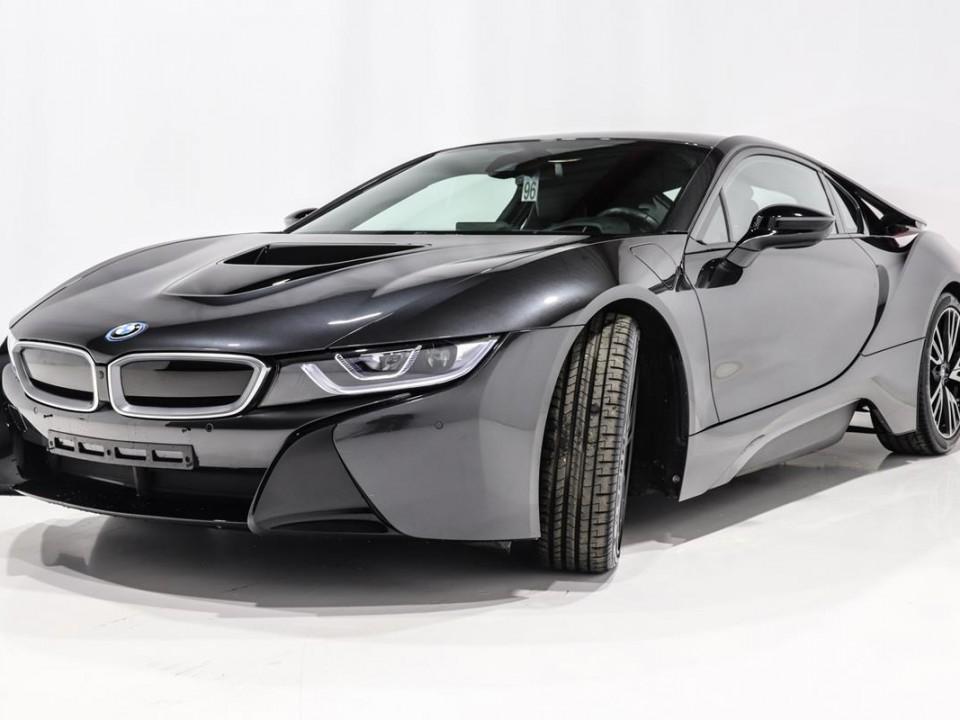 BMW-i8-350049-3
