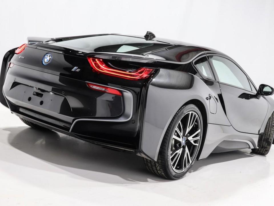 BMW-i8-350049-4