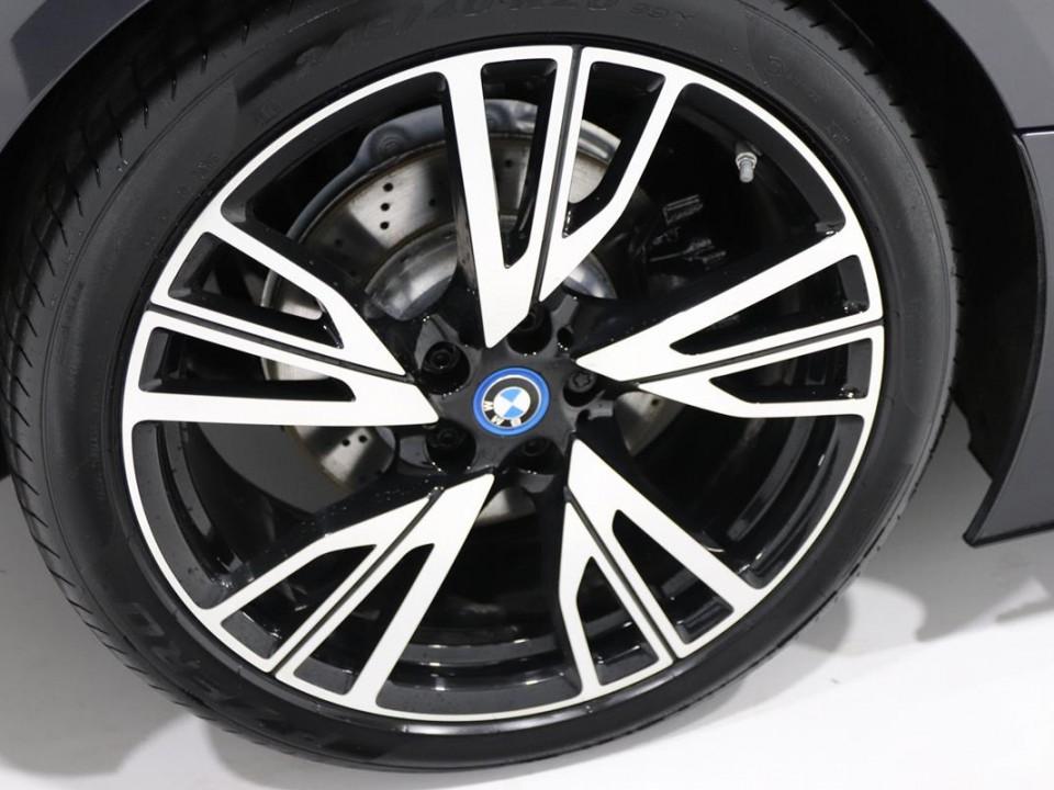 BMW-i8-350049-7
