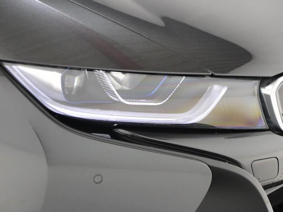 BMW-i8-350049-9
