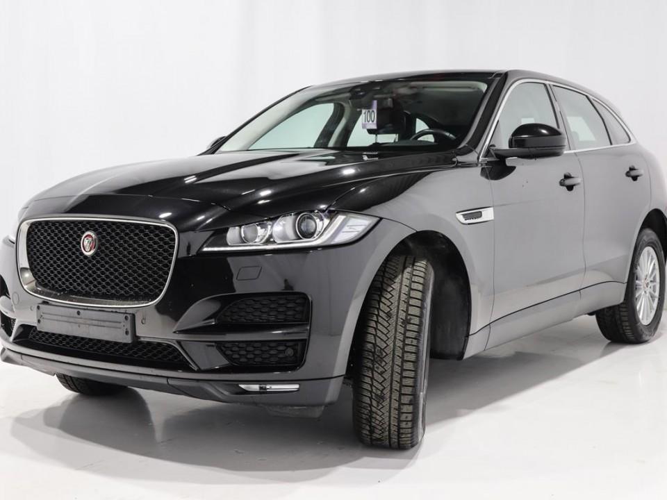 Jaguar-FPace-046248-2